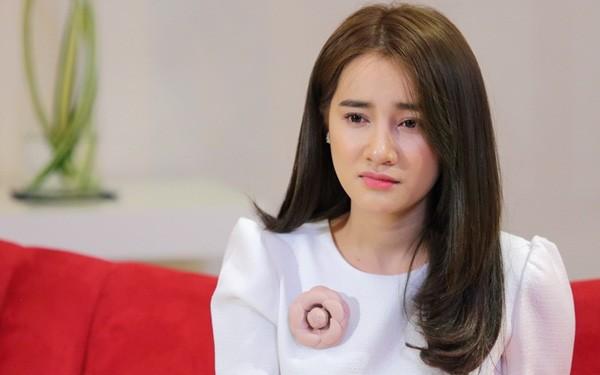 khong chi ha tang, nhieu ngoc nu showbiz viet cung vuong thi phi khong kem hinh anh 10