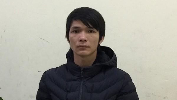 Khởi tố gã trai gài lựu đạn lên cửa nhà người yêu 15 tuổi