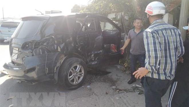 Tin mới nhất vụ tai nạn xe biển xanh ở Thanh Hóa: 5 bệnh nhân thoát nguy kịch