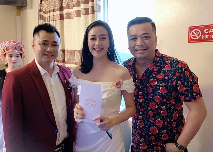 NSND Trung Hiếu và vợ kém 19 tuổi làm tiệc cưới tại quê nhà Thái Bình - 5