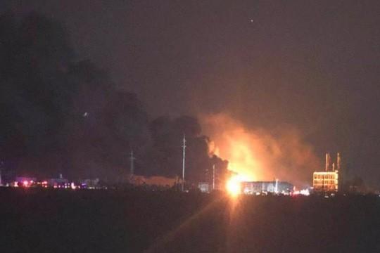 Nổ nhà máy hóa chất ở Trung Quốc, ít nhất 47 người chết - Ảnh 1.