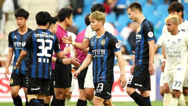 Công Phượng lại gặp khó khăn ở Incheon United