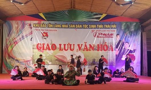 Phóng viên trẻ Báo PLVN thực hiện chuyến đi thực tế, giao lưu văn hóa tại Thái Nguyên