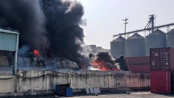Cháy lớn tại Hải Phòng