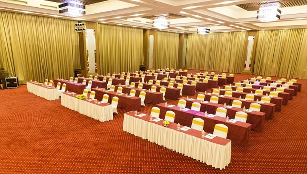 Kinh nghiệm chọn thảm trải sàn của hệ thống khách sạn thuần Việt lớn nhất Đông Dương