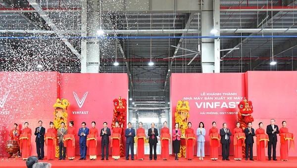 VinFast khánh thành nhà máy sản xuất ô tô xác lập hàng loạt kỷ lục thế giới