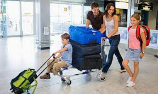 Có con nhỏ, du lịch bụi nên chăng?