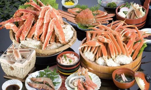 Nguy cơ ngộ độc hải sản mùa du lịch