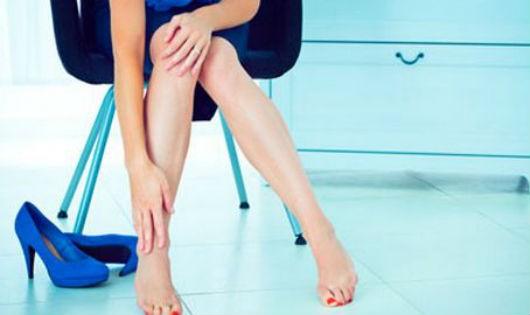 Mách bạn cách mang giày cao gót mà không bị đau chân