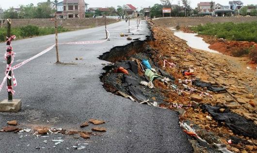 Trên 54 tỷ đồng để khắc phục thiệt hại trên hệ thống đường bộ do bão