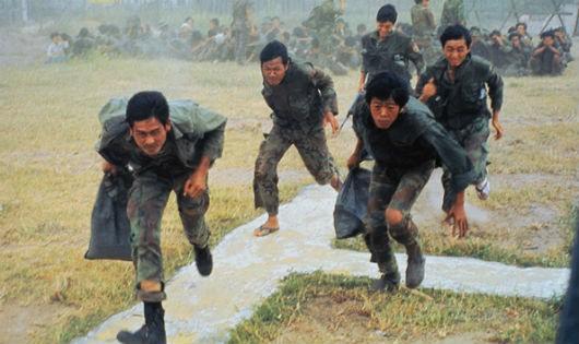 Những ngày cuối của quân đội Việt Nam Cộng hòa (Bài 6): Tướng bỏ bản doanh, cả Nha Trang hỗn loạn