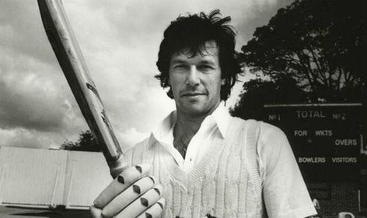 """Thủ tướng sắp nhậm chức của Pakistan: Đường công danh có hanh thông như khi là """"siêu sao"""" bóng chày?"""