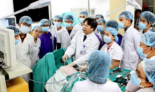 Đổi mới đào tạo nhân lực y tế: Nỗi lo kiểm soát chất lượng