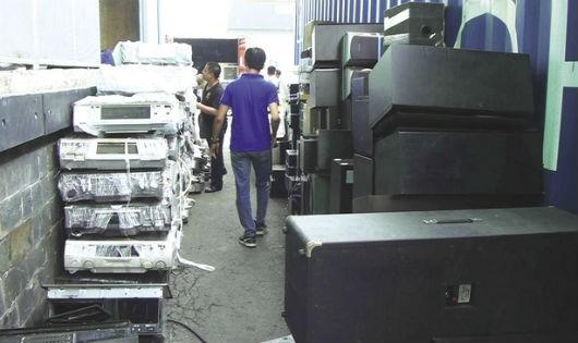 """Hà Nội: Xử nghiêm nạn hàng giả, xuất xứ """"tù mù"""" trong thương mại điện tử"""