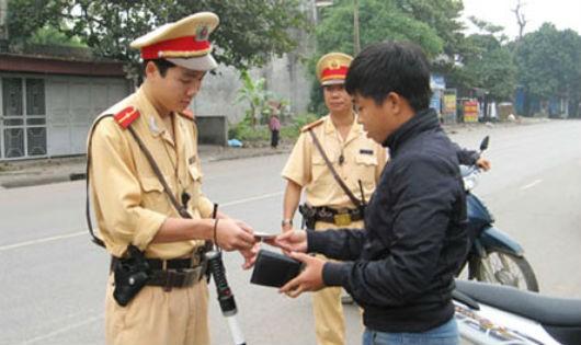 'Vướng'  khi xử lý phương tiện giao thông vi phạm hành chính tại Hà Nội