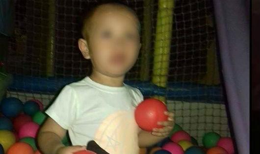 Thực hư chuyện bé trai 3 tuổi suýt bị bắt cóc khi đi siêu thị