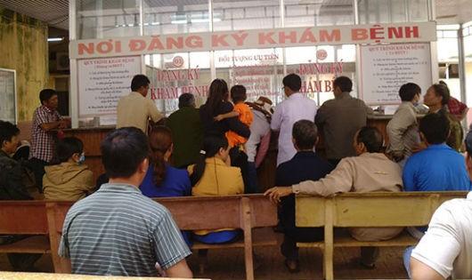 Lâm Đồng: Nhiều y, bác sĩ xin nghỉ việc vì lương thấp