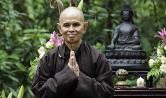 Thiền sư Thích Nhất Hạnh khuyên cách tìm sự an lành giữa bộn bề lo toan