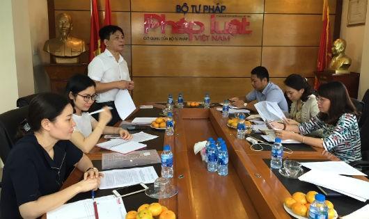 Báo Pháp luật Việt Nam: Tiếp tục tăng cường công tác quản lý cán bộ, phóng viên