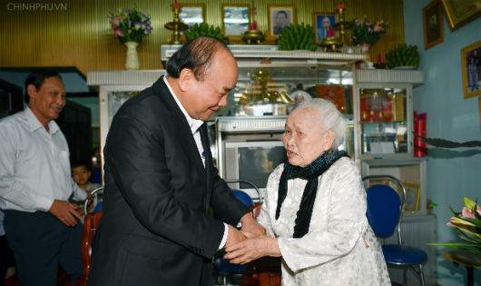 Thủ tướng Chính phủ làm việc với tỉnh Gia Lai: Cần chủ trương kịp thời để giải quyết vấn đề đời sống nhân dân
