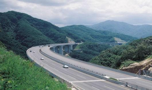 Tháng 12 sẽ khởi công Dự án đường cao tốc Móng Cái - Vân Đồn