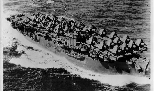 Dùng vũ khí thông thường đánh chìm tàu sân bay hộ tống của Mỹ: Kỷ lục duy nhất trên thế giới