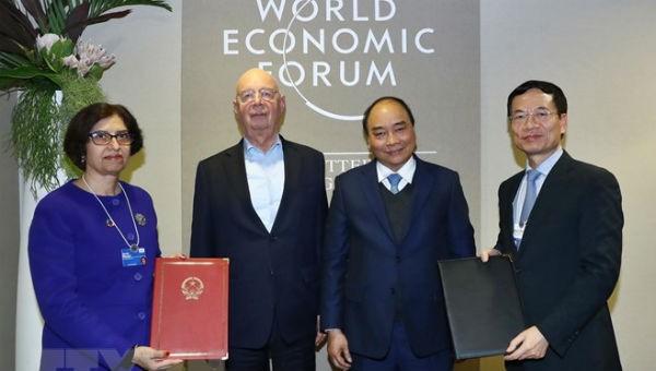 Việt Nam - WEF ký thỏa thuận hợp tác về Cách mạng công nghiệp 4.0