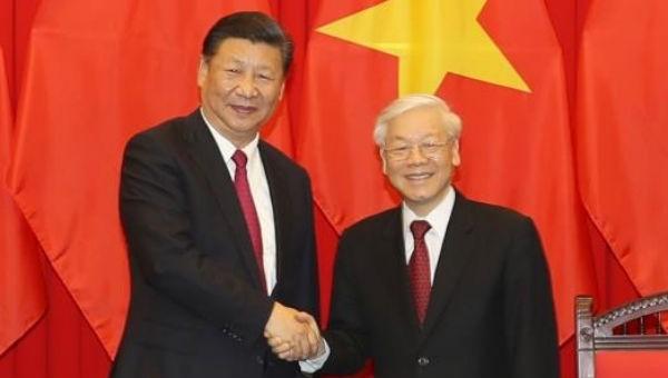 Lãnh đạo Việt Nam - Trung Quốc trao đổi Quốc thư mừng năm mới