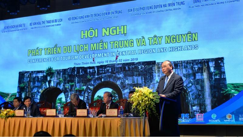 Thủ tướng: Ngành Du lịch đang thiếu kiến trúc sư sắc nét