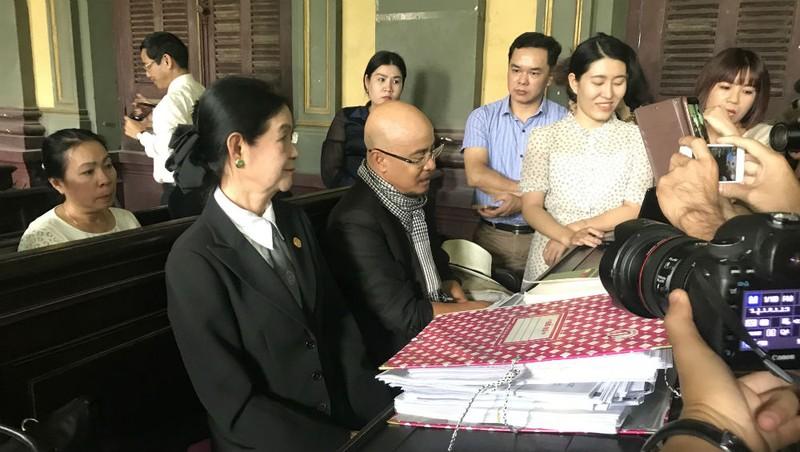 Vợ chồng cà phê Trung Nguyên lại ra tòa: Ông Vũ nói không cần tiền nhưng muốn chia tài sản 7/3