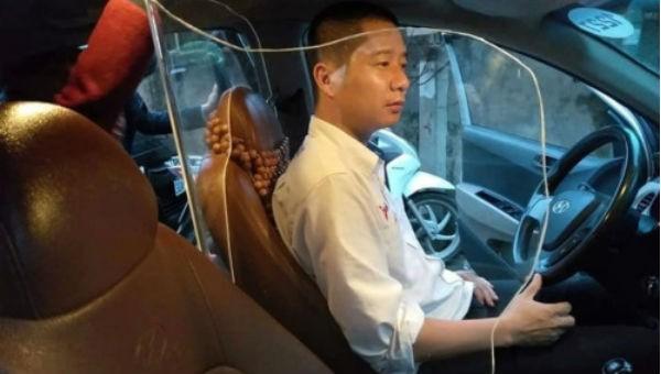 """Trào lưu taxi lắp vách ngăn bảo vệ người lái: Cục Đăng kiểm """"bật đèn xanh"""""""