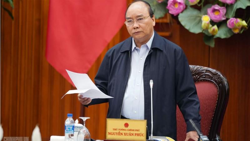 Thủ tướng Nguyễn Xuân Phúc: Tập trung tháo gỡ điểm nghẽn, vướng mắc về thể chế