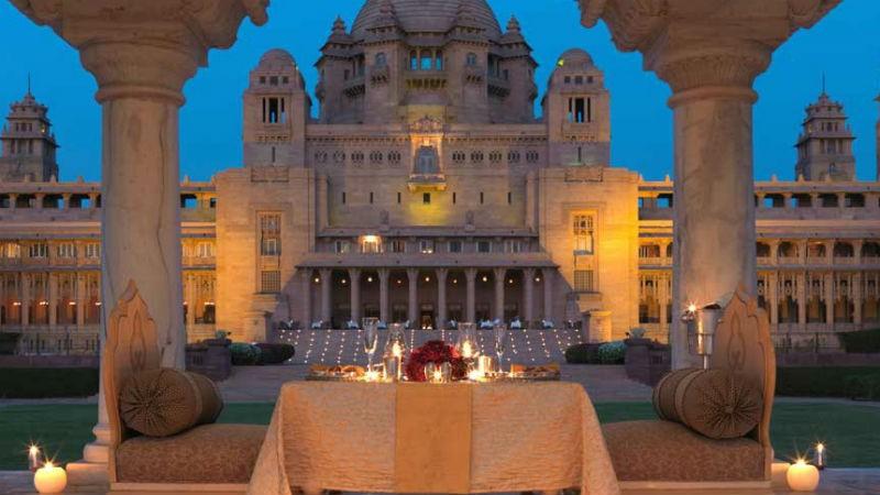 """Trào lưu """"siêu đám cưới"""" của giới siêu giàu Ấn Độ"""
