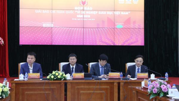Khởi động Giải báo chí toàn quốc 'Vì sự nghiệp Giáo dục Việt Nam'