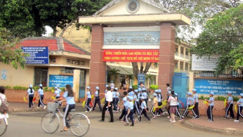Hàng loạt sai phạm ở Trường THPT Văn Hiến (Đồng Nai): Chuyển toàn bộ hồ sơ sau thanh tra sang công an
