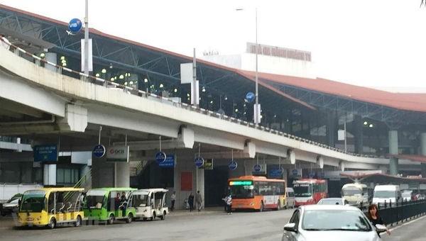 Sẽ không thu phí ôtô vào sân bay đón trả khách
