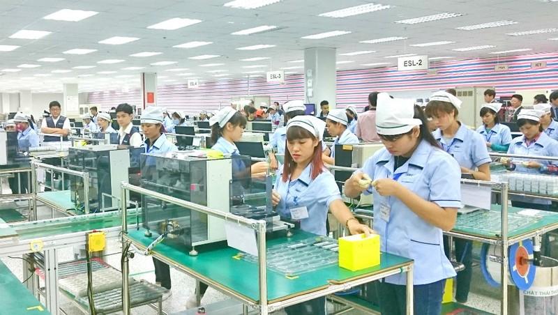 Tiền lương tối thiểu: Phải đảm bảo mức sống tối thiểu của người lao động và gia đình