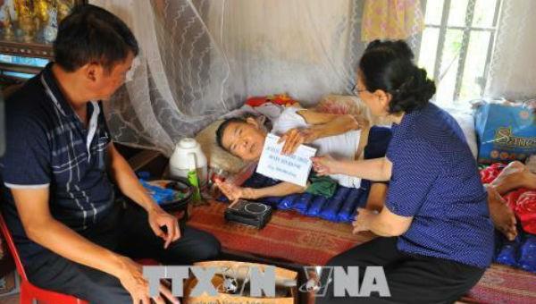 Cần Thơ hỗ trợ nạn nhân chất độc da cam ổn định cuộc sống
