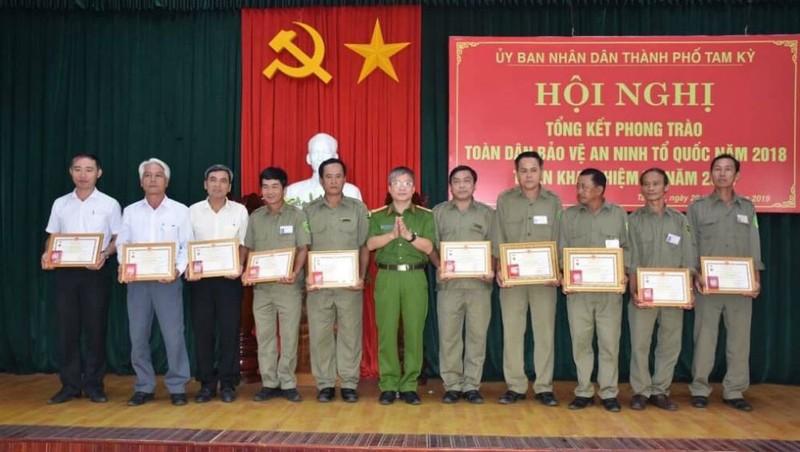 Cả hệ thống chính quyền Quảng Nam tổ chức phong trào quần chúng bảo vệ ANTQ