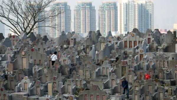 Chuyện 'di cư' người chết ở nơi đất mộ có giá 600 ngàn USD/ngôi