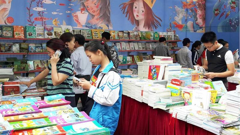TP HCM phát động phong trào đẩy mạnh văn hóa đọc sách