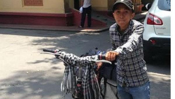 Chàng trai Trần Nguyễn An Khương có mặt tại Hà Nội sau hành trình kêu gọi hiến tạng 2000km