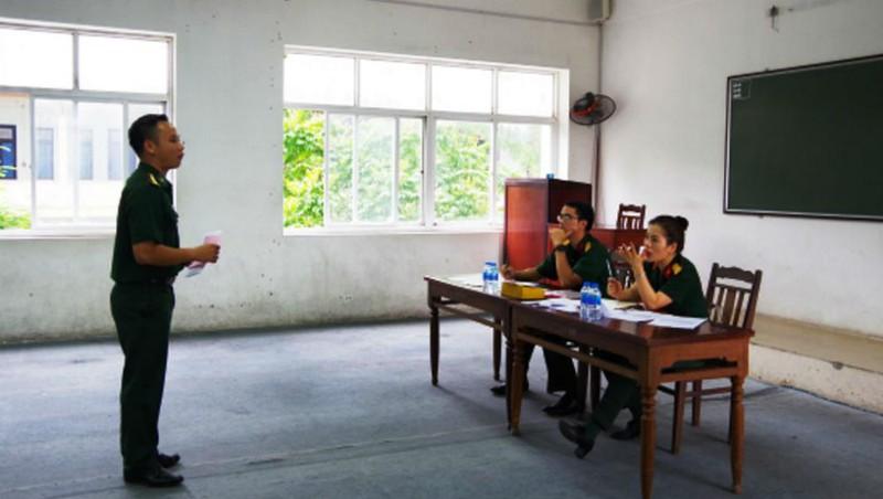 Nhiều chuyển biến tích cực trong học tiếng Anh tại các trường Quân đội