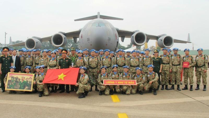 Tự hào các chiến sĩ mũ nồi xanh Việt Nam