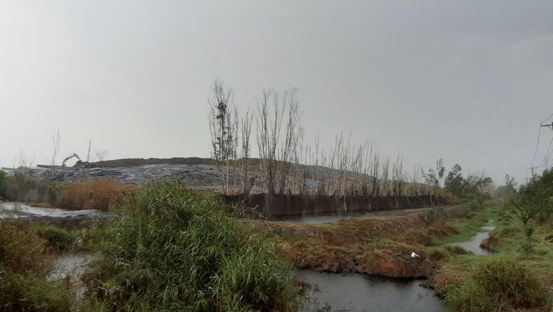 Ô nhiễm kéo dài từ nhà máy rác VietStar: Giấc mơ môi trường 'xanh, sạch, đẹp' của TP HCM còn xa?