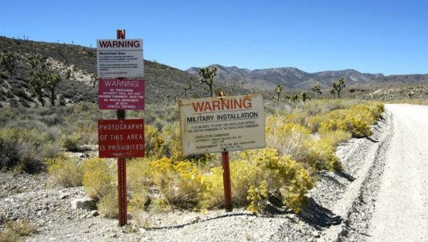 Bí mật nào bên trong vùng tuyệt mật Area 51?
