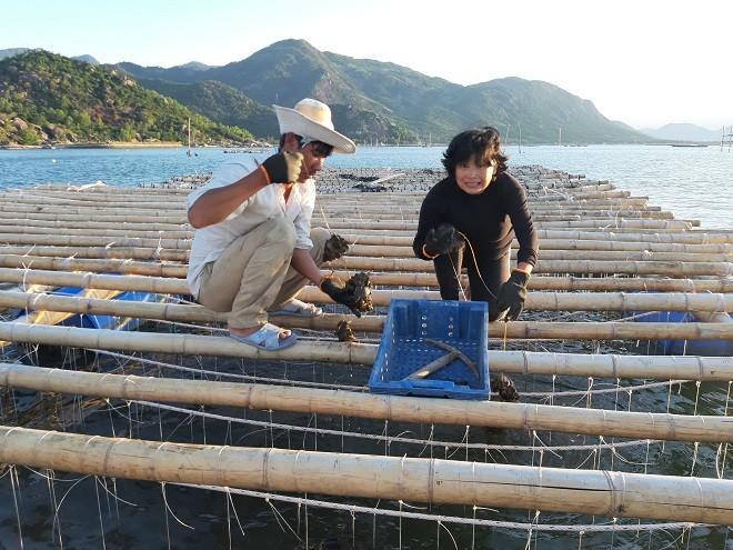 Nghị lực người phụ nữ gầy cơ nghiệp trên vịnh Cam Ranh - Ảnh 3