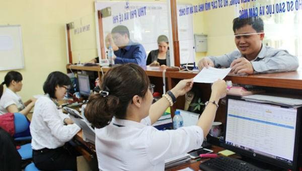 Hà Nội kiên quyết loại bỏ cơ chế xin - cho trong giải quyết thủ tục với doanh nghiệp