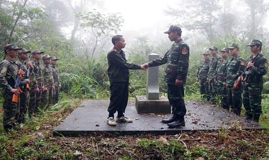 BĐBP ThừaThiên Huế phối hợp tuần tra song phương bảo vệ biên giới