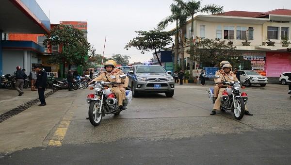 Thừa Thiên Huế ra quân đảm bảo an toàn giao thông dịp Tết Kỷ Hợi